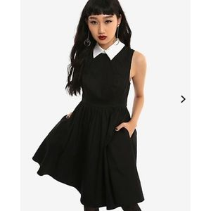 Hot Topic Flit and Flare Collar Dress Black White